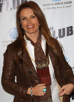 Roma Downey at a ribbon cutting event