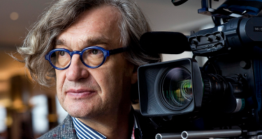 Legendary Director Wim Wenders Dishes on Making a Film About Pope Francis